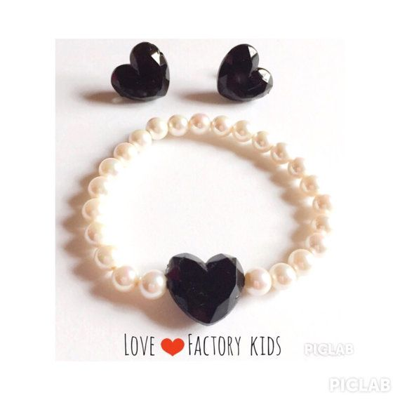 Handmade with love sweet beautiful white sea shell pearl bead with heart charm bracelet elastic stretch kids bracelet heart earring set