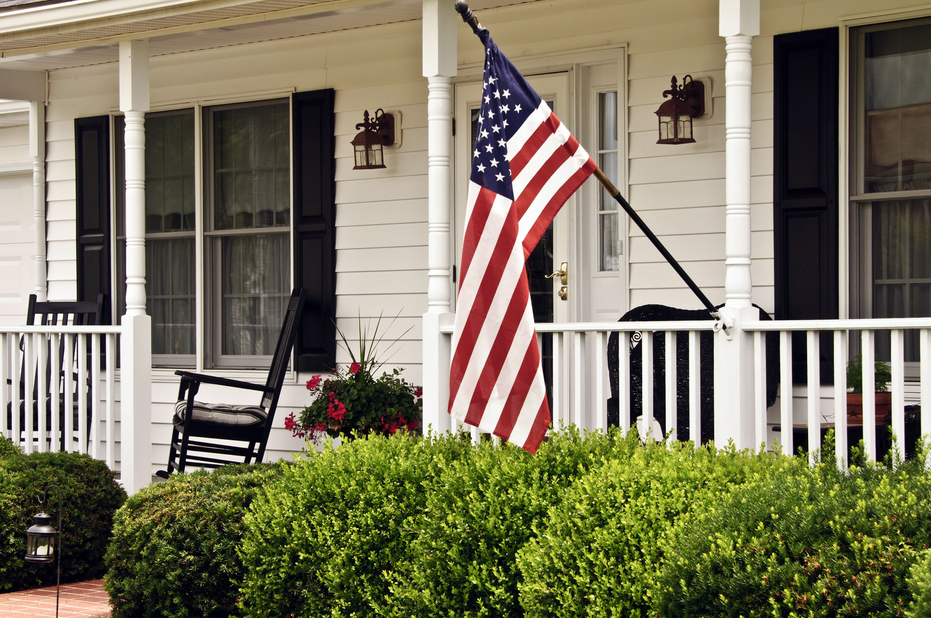 DIY Fourth Of July Porch Decor Made From Wood Home