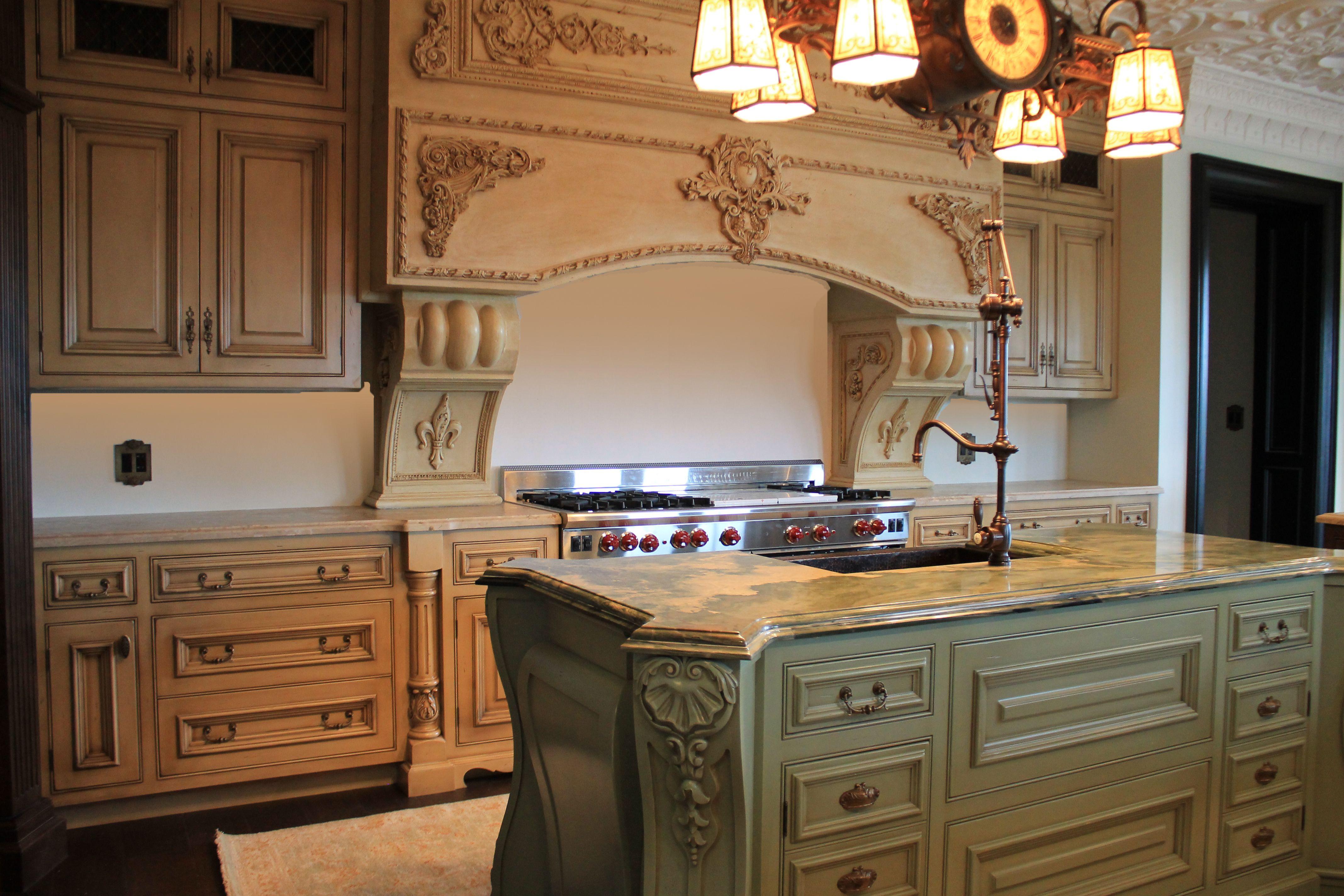 Classical kitchen counter top. The perimeter is in breccia maritima ...
