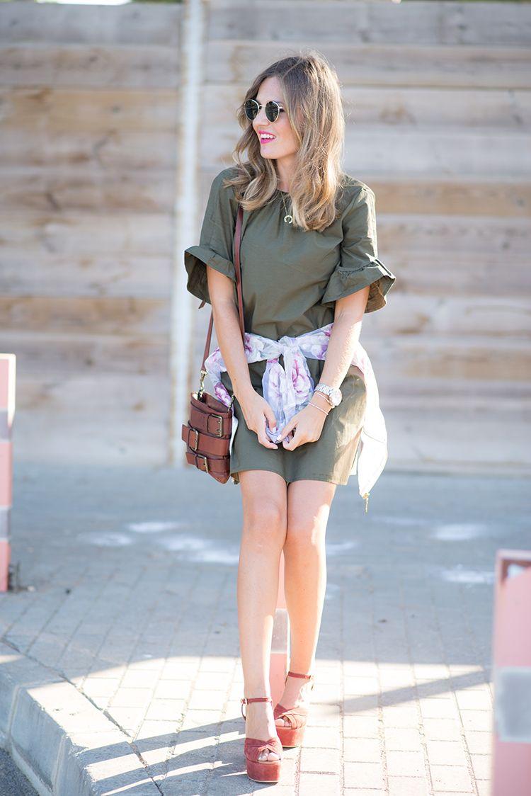 KAKI DRESS \u2013 Mi Aventura Con La Moda. Khaki dress+brick red ankle strap