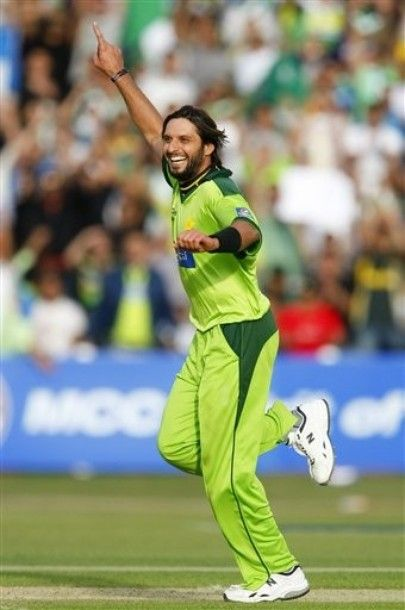 Pakistani Cricket Players Shahid Afridi Pictures Gallery Wallpaper Videos