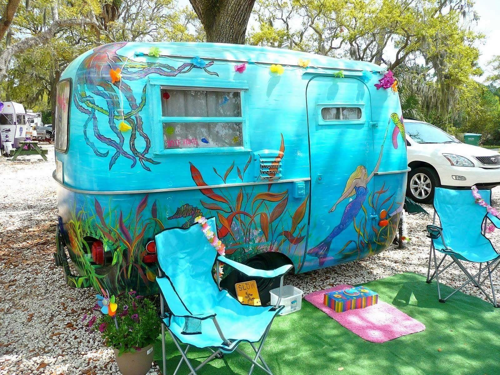 pingl par nuray kurtdi sur caravan pinterest roulotte et caravane. Black Bedroom Furniture Sets. Home Design Ideas
