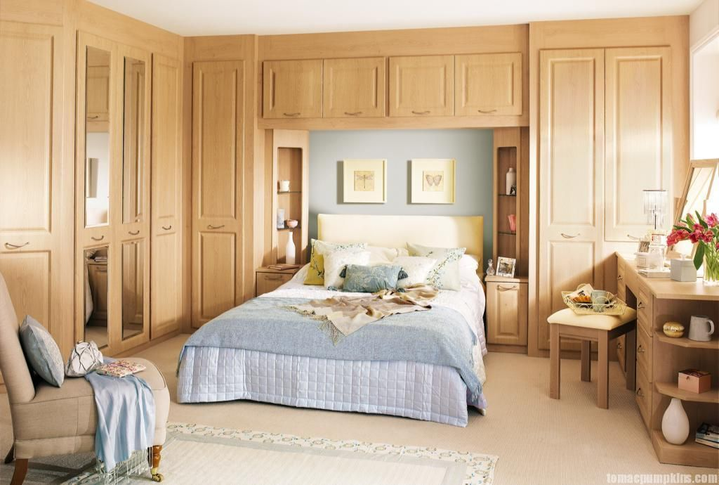 Vintage Modern Wardrobe Design With Charming Wooden