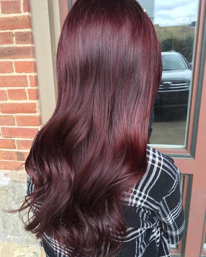Couleur de cheveux rouge bordeaux fonce