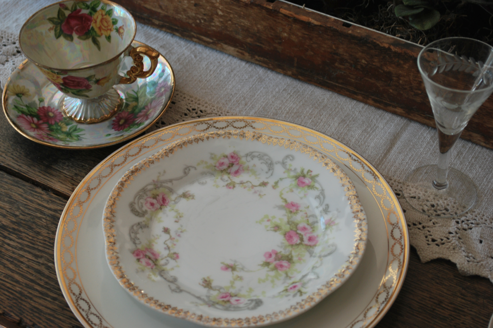 I Love The Idea Of Mixed China Plates For Place Settings