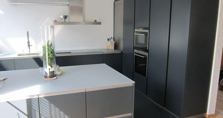 Leicht Küche Matt Schwarz, Glasplatte