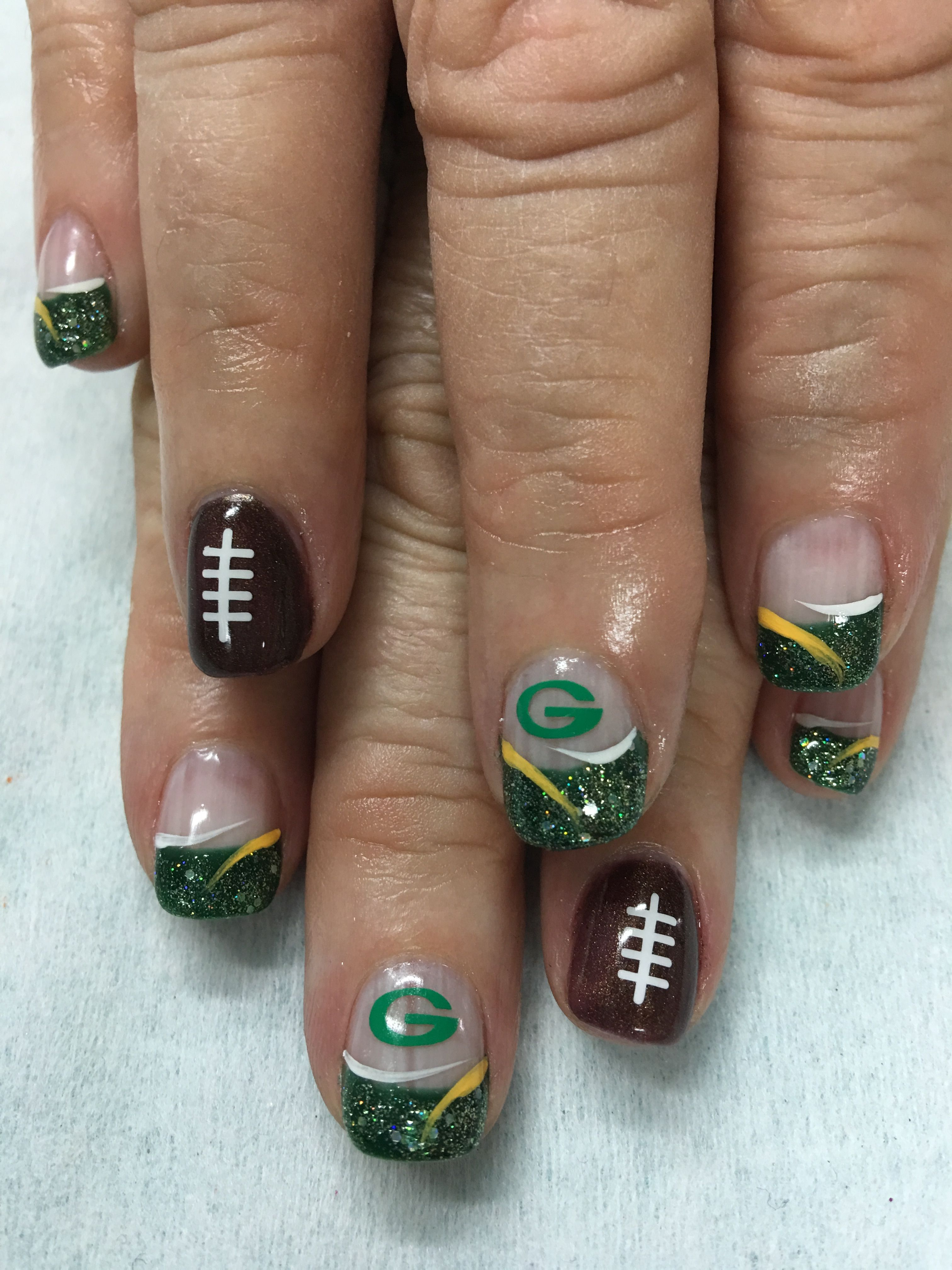 Sparkling Glitter Football Green Bay Packer Gel Nails Packer Nails Green Bay Packers Nails Nail Designs