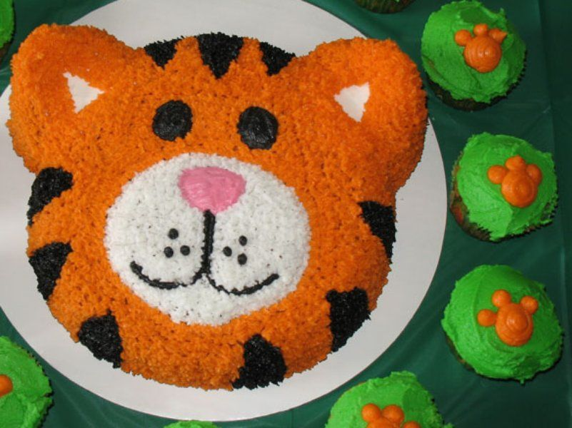 Pleasant 50 Amazing And Easy Kids Cakes Tiger Cake Birthday Cake Kids Personalised Birthday Cards Paralily Jamesorg