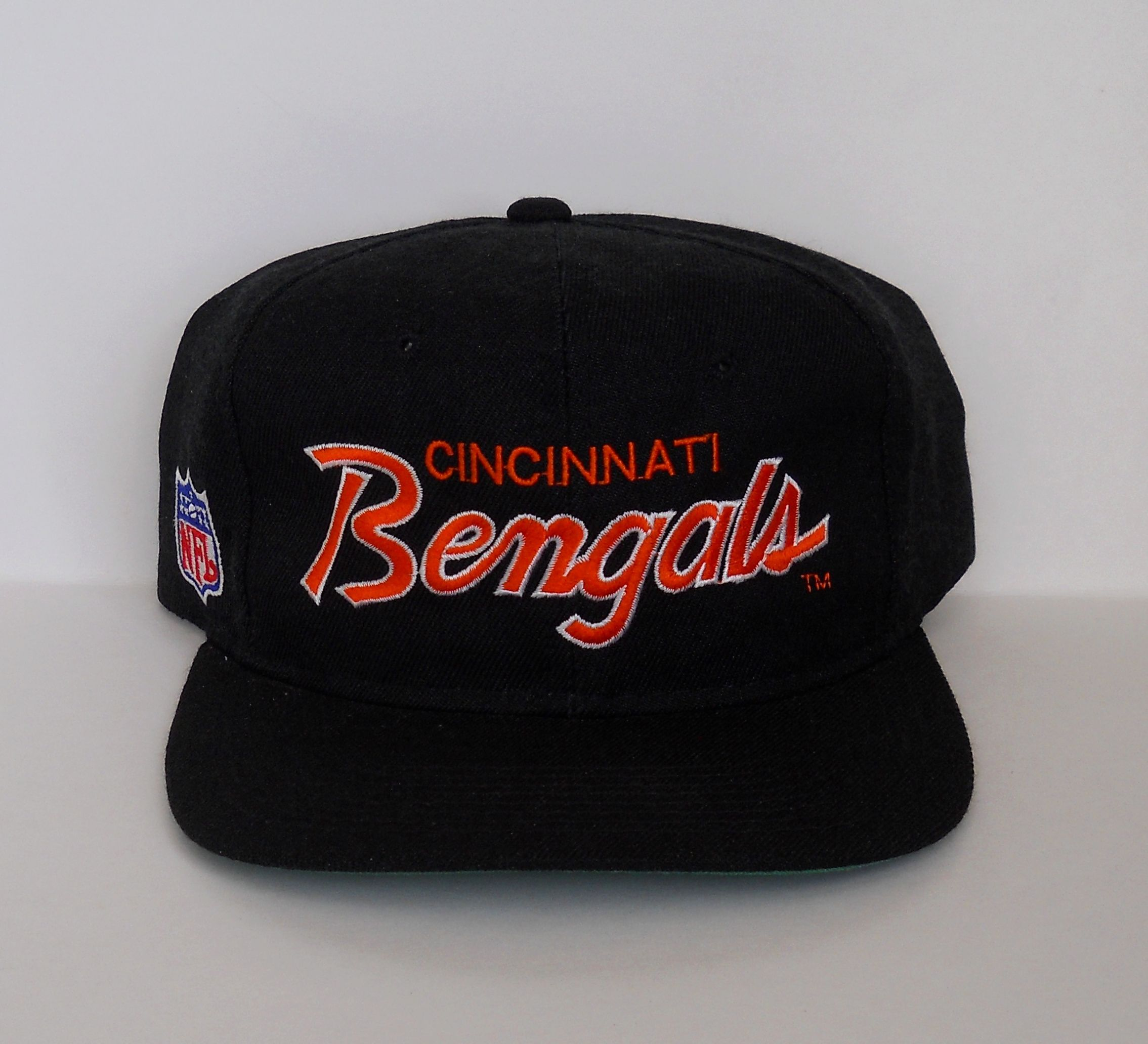 3a01184811c9e2 Vintage early 90s Cincinnati Bengals 'The PRO' Snapback by Sports  Specialties (OSFM, NWOT)