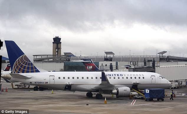 United airlines flight diverted to ireland after bomb note found united airlines flight diverted to ireland after bomb note found united airlines flight ua971 from rome to chicago has been diverted to ireland publicscrutiny Choice Image