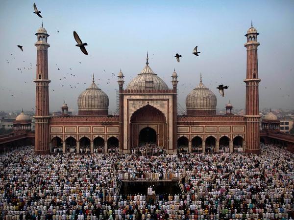 الحمد لله على نعمة الاسلام صلاة العيد في مسجد جاما نيودلهي Jama Masjid Masjid Beautiful Mosques
