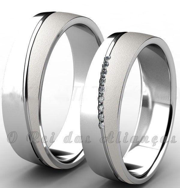 f0813fe9219 Alianças de prata com friso diagonal e Swarovski – Cód. 8585 ...