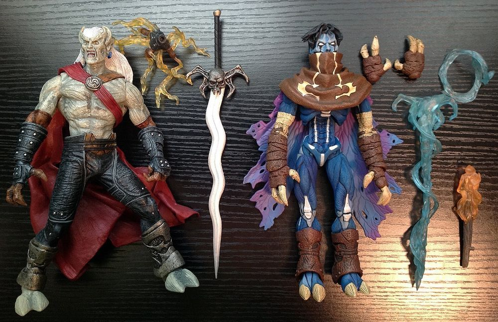 NECA - Legacy of Kain - KAIN and RAZIEL Material Plane Soul Reaver COMPLETE