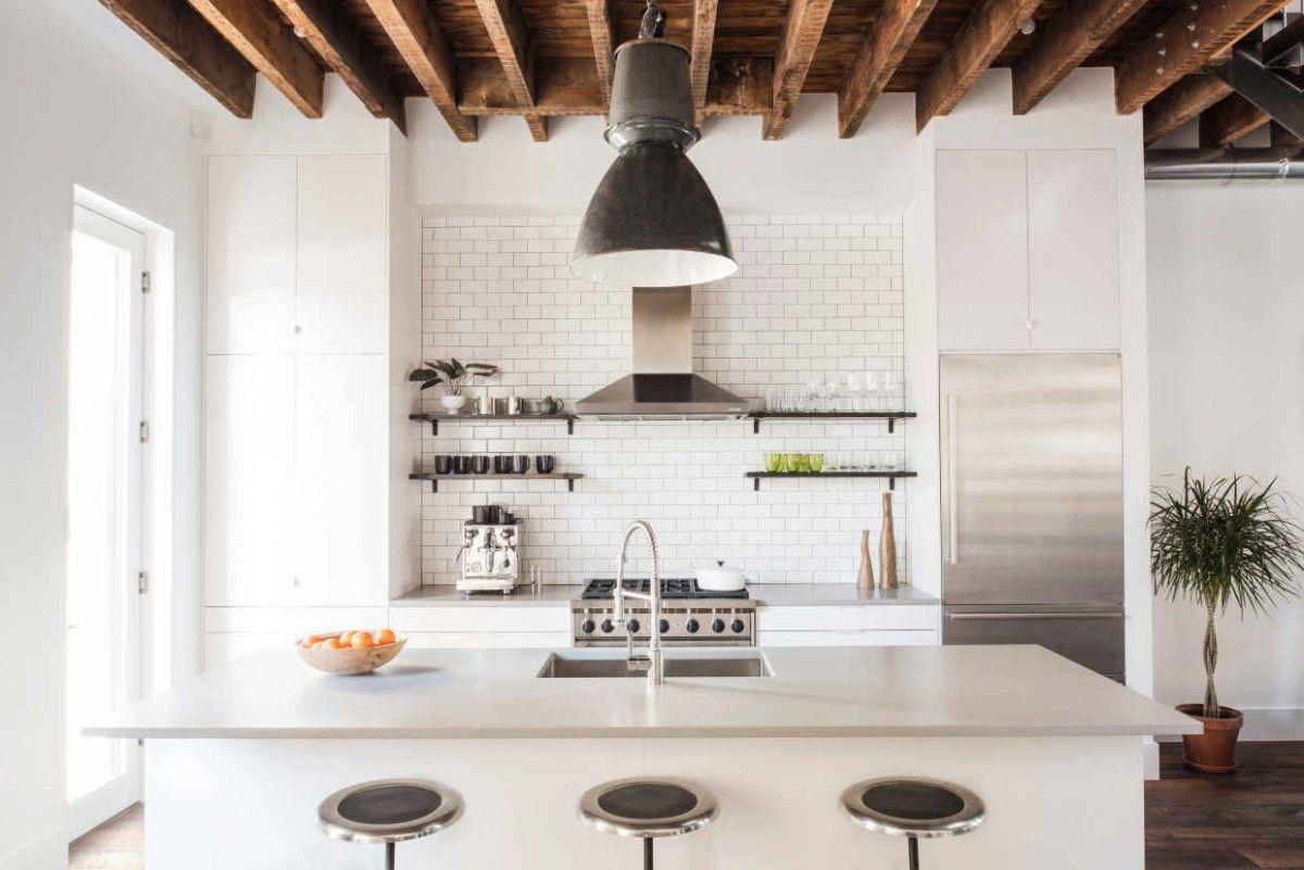 Kleine Keuken Industrieel : Warm industrieel interieur is perfectie droomhuis voor mannen