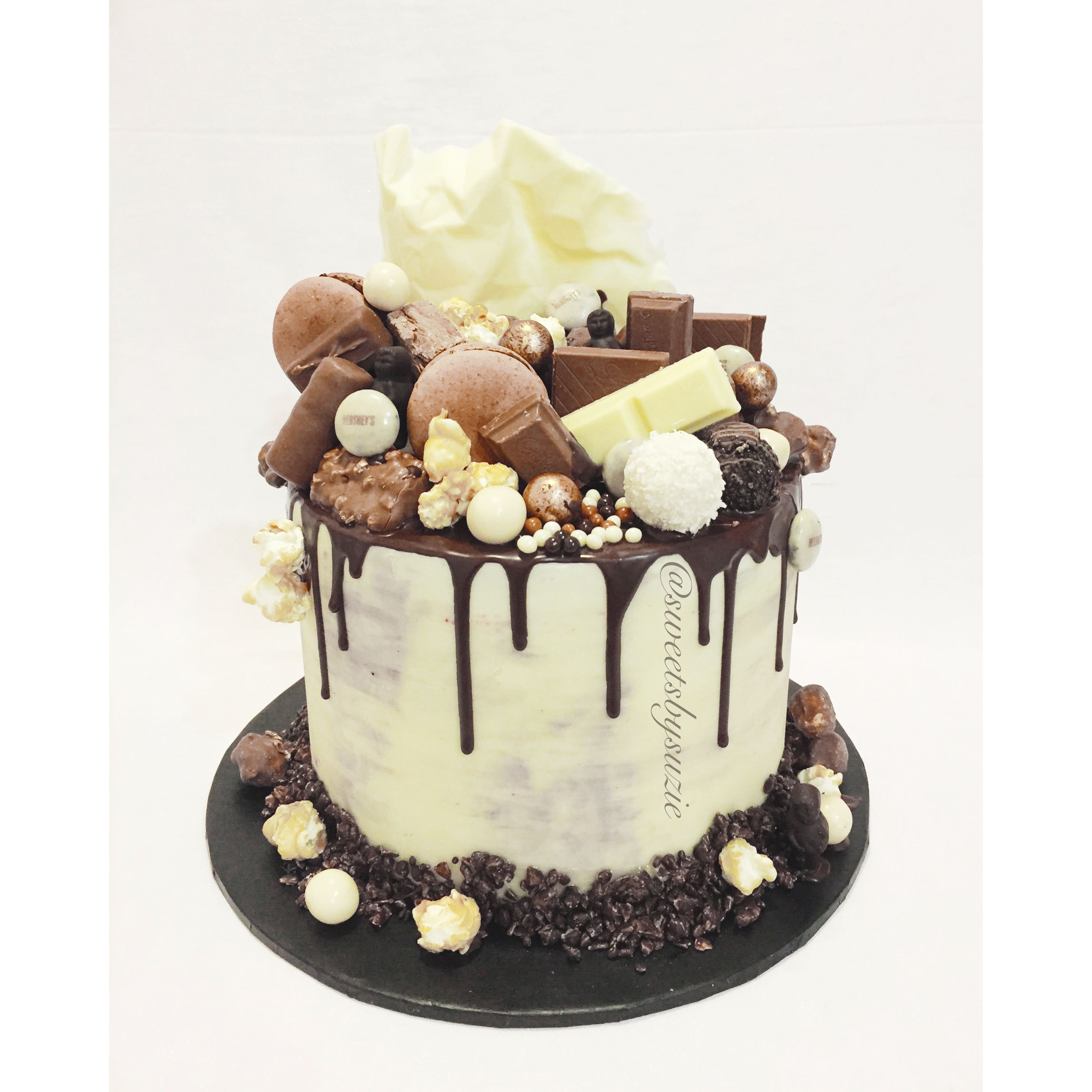 Chocolate Drip Cake made by SweetsBySuzie in Melbourne ...