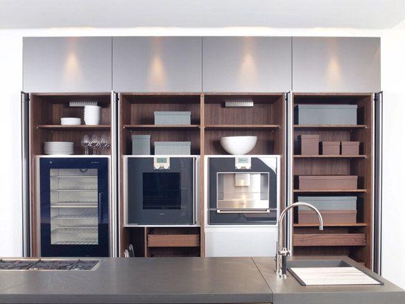 perfect bulthaup white tall units with gaggenau ovens kitchens b sistema b la del espacio en la. Black Bedroom Furniture Sets. Home Design Ideas