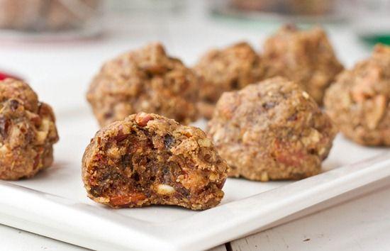 vegan nutcracker cookies. these look soo good