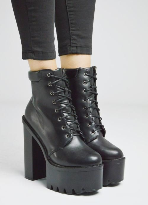 9d9648a261 Winter s  must have . Tracksole ankle boots. Luigi Footwear