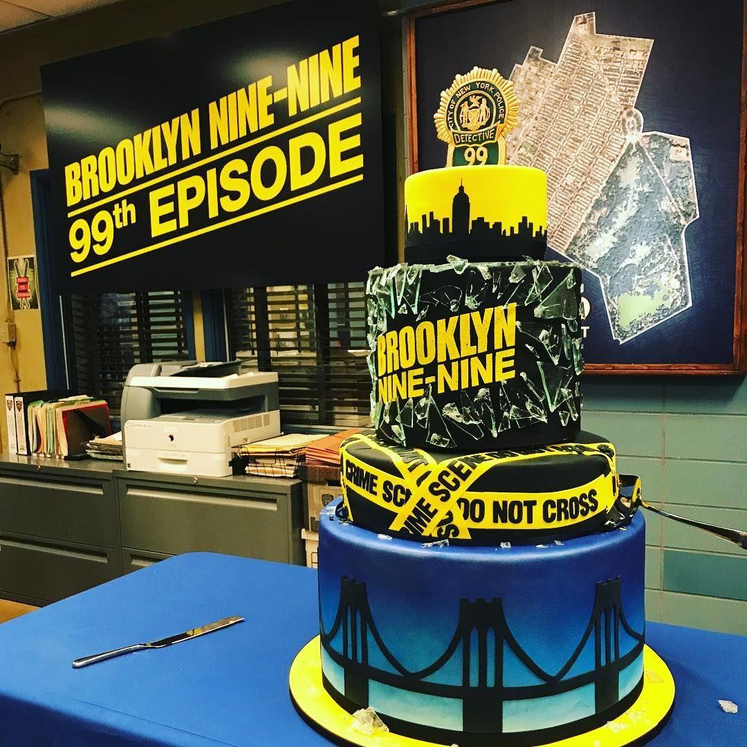 The Fox Comedy Had A Table Read For Its Logical Landmark Episode On Wednesday 15th Birthday Cakes Brooklyn Nine Nine Brooklyn