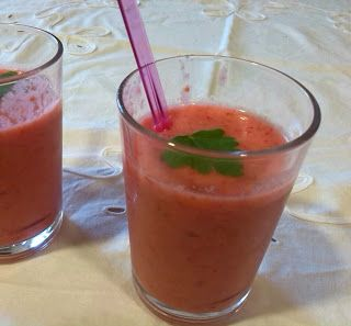 Mabels Kitchen: GAZPACHO DE FRESAS