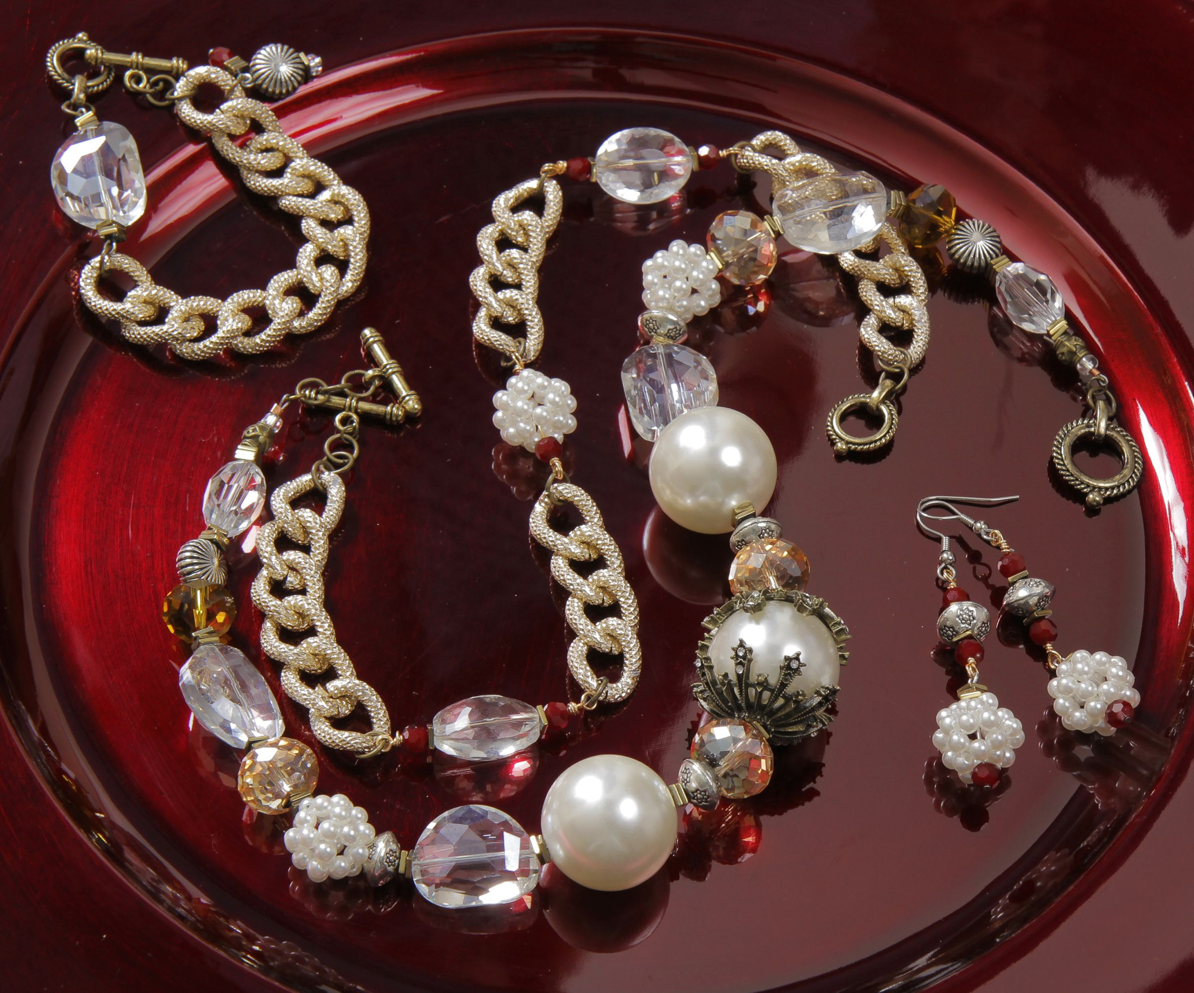 Make your own All that Glitters jewelry set featuring #BeadGallery ...