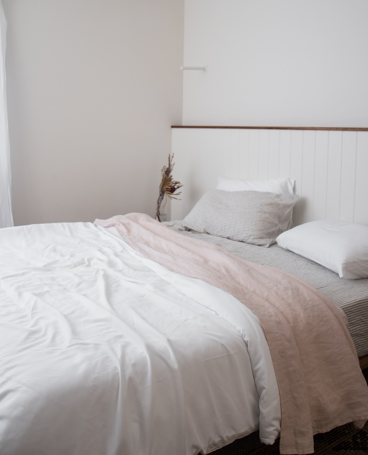 Luxurious Organic Bamboo Quilt Cover Set In White Bed Linen