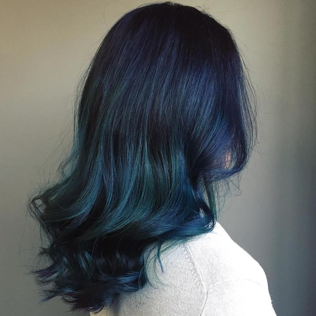20 Dark Blue Hairstyles That Will Brighten Up Your Look Hair Styles Blue Hair Teal Ombre Hair
