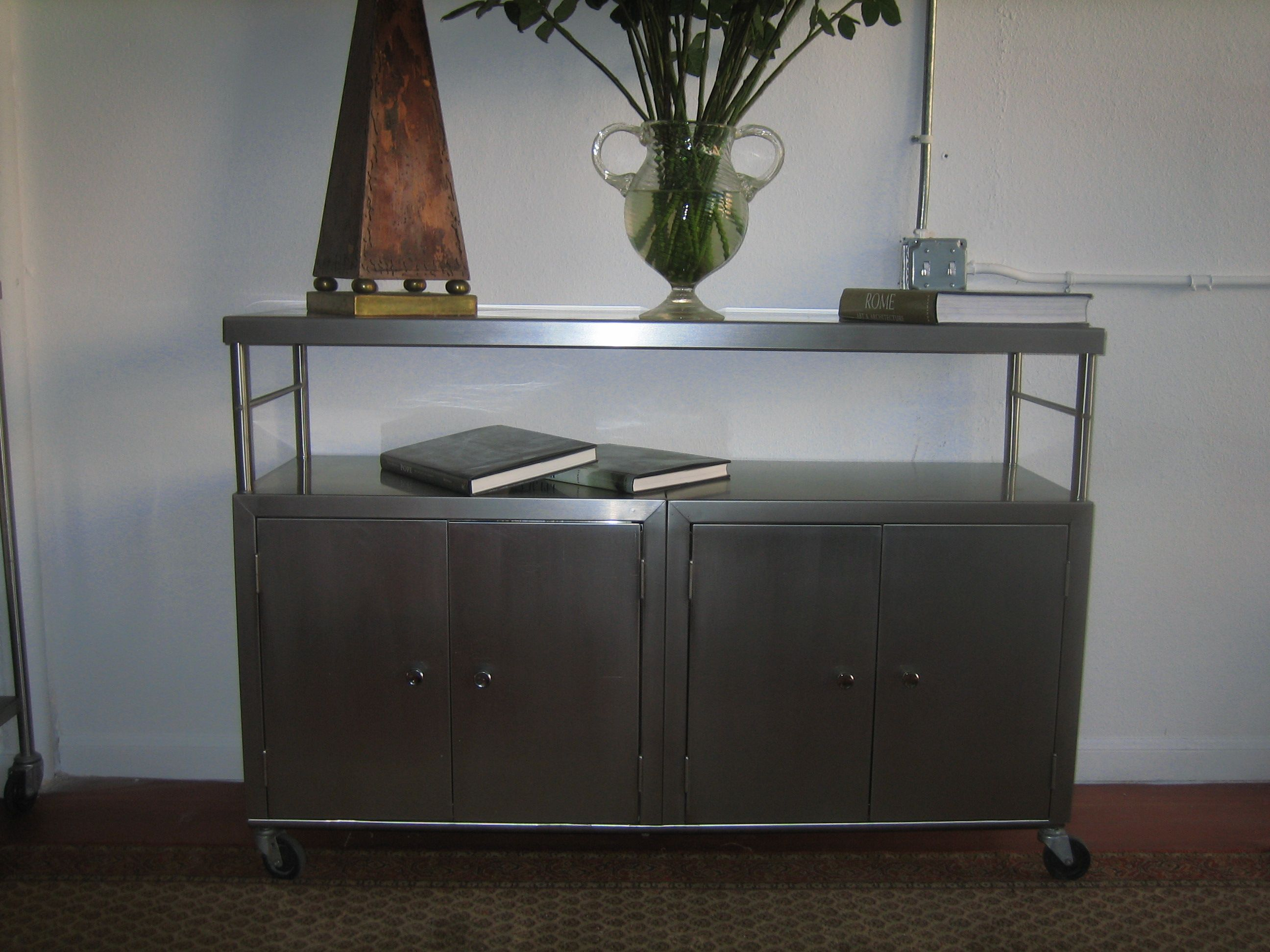 Credenza Industrial Fai Da Te : Another beautiful stainless steel credenza made by industrialists