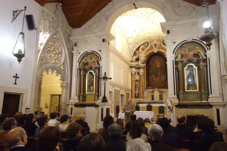 Interior da Igreja de Nossa Senhora dos Remédios