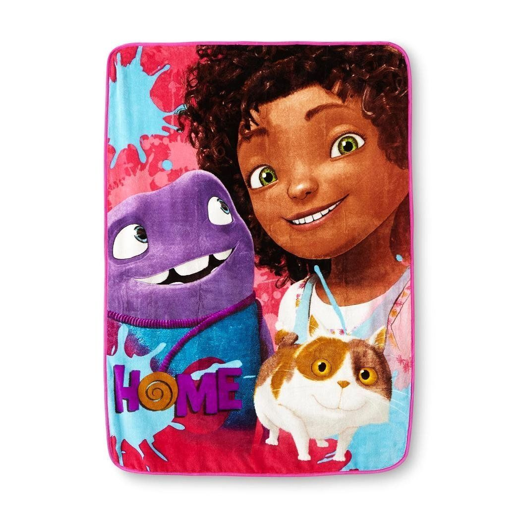 Dreamworks Home Quot Home Away Quot Plush Throw Blankets Blanket