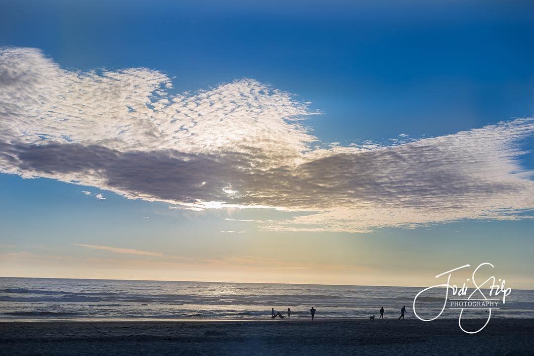 Those clouds... #iloveoregon #pacificnorthwestisbest #oregoncoast #clouds #neskowin #mightycreator