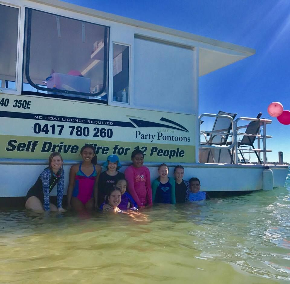 At Gold Coast Party Pontoons We Offer The Most Luxurious And Best Outfitted Hire Boats On The Gold Coast Broadwater Whether You Boat Hire Pontoon Boat Pontoon