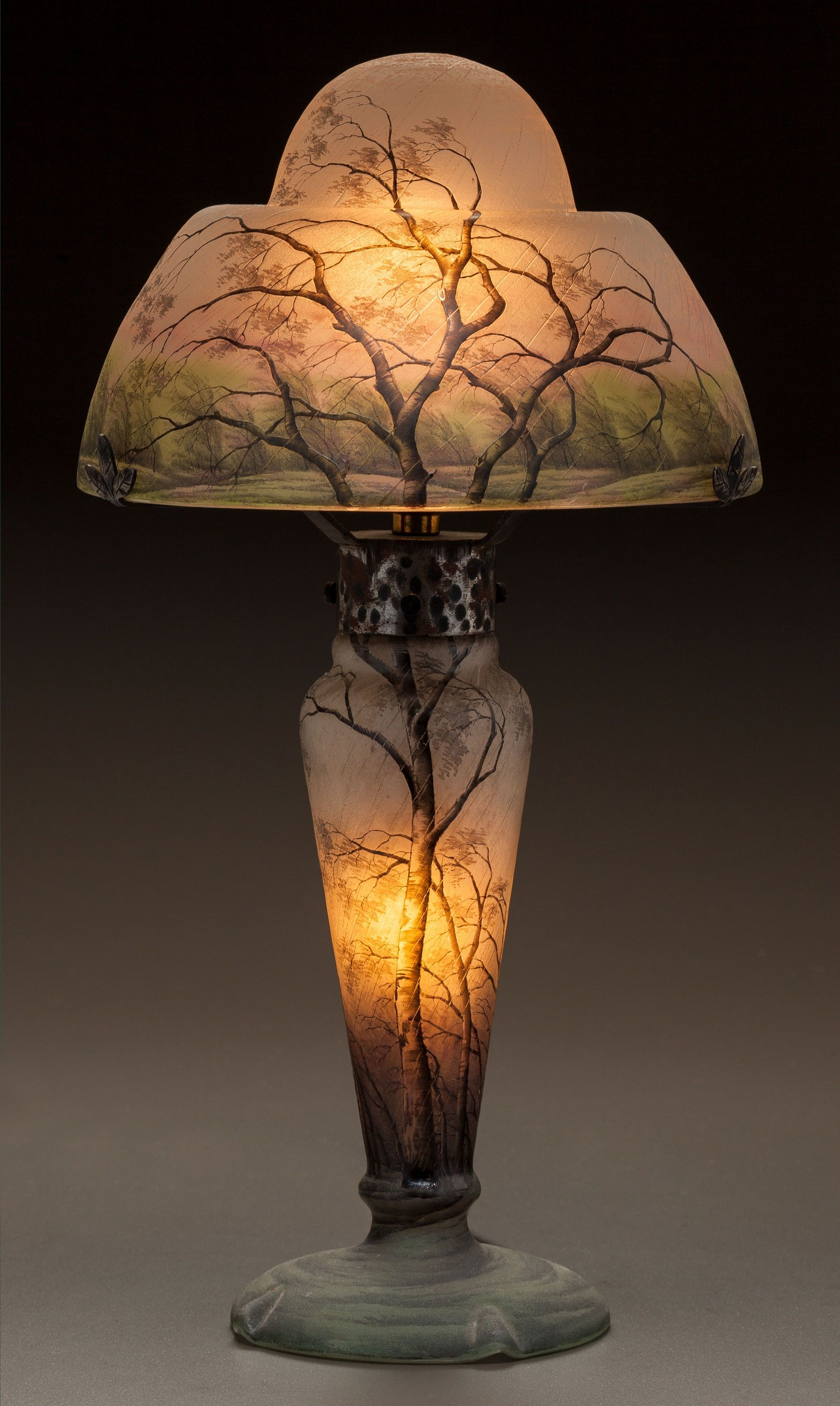 DAUM ETCHED AND ENAMELED GLASS RAIN LAMP Circa 1900 En