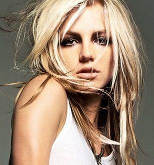Britney Spears, messy hair