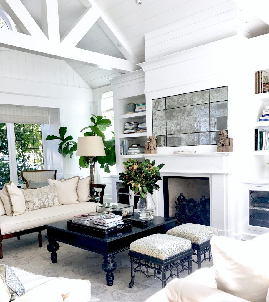 Fresh Traditional Living Room in Southern California | Traditional ...