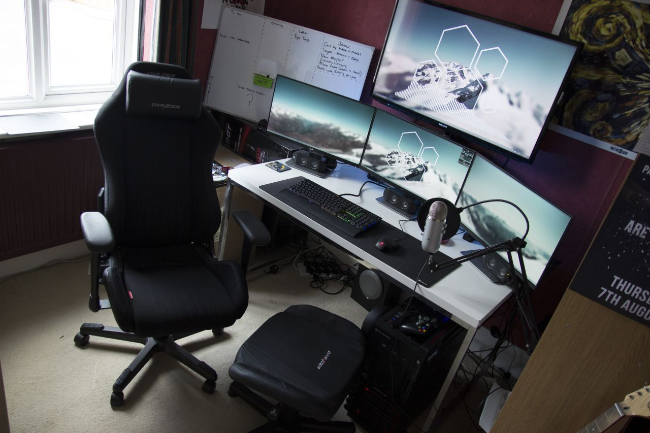 Battlestations Tumblr Computer Desk Setup Gaming Computer Desk Desk Setup