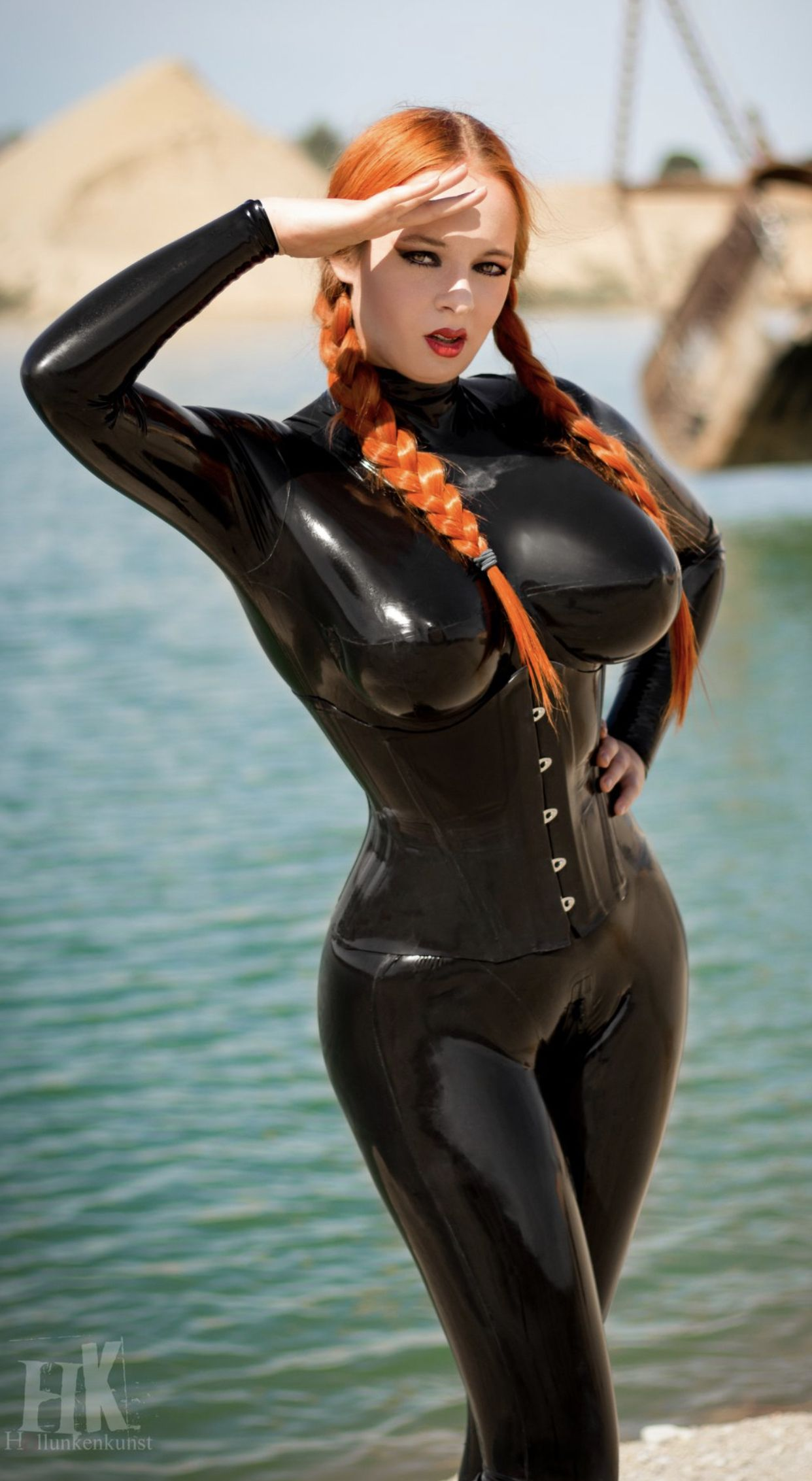Pin auf Giant Rubber Breasts