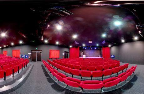 Pour une entrée au théâtre achetée,  le 16-19 vous offre la deuxième