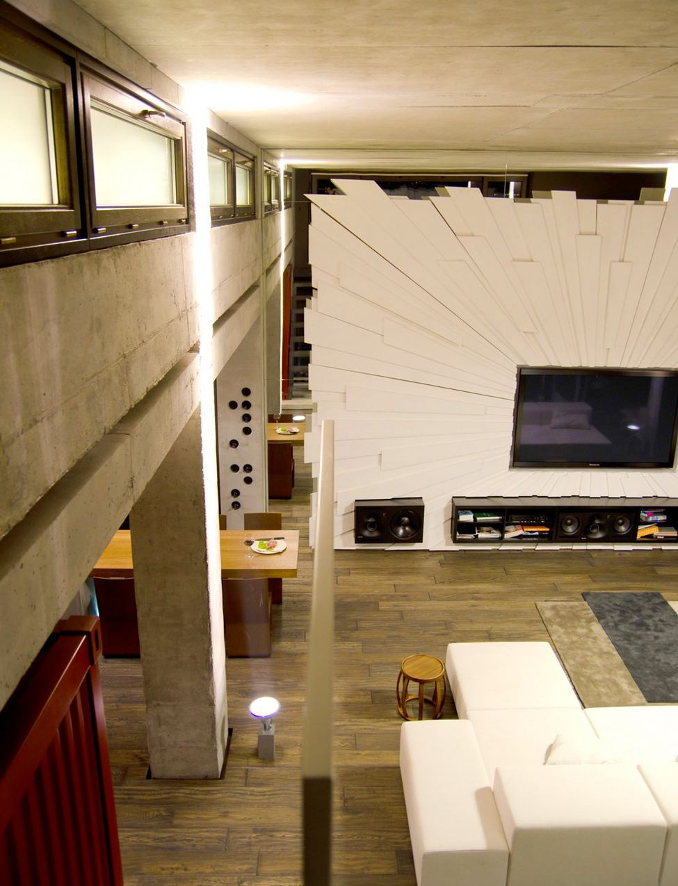 Industrial Loft Home Designing 2012