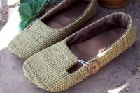 How adorable are these shoes?Another project to put on my list of things to try.