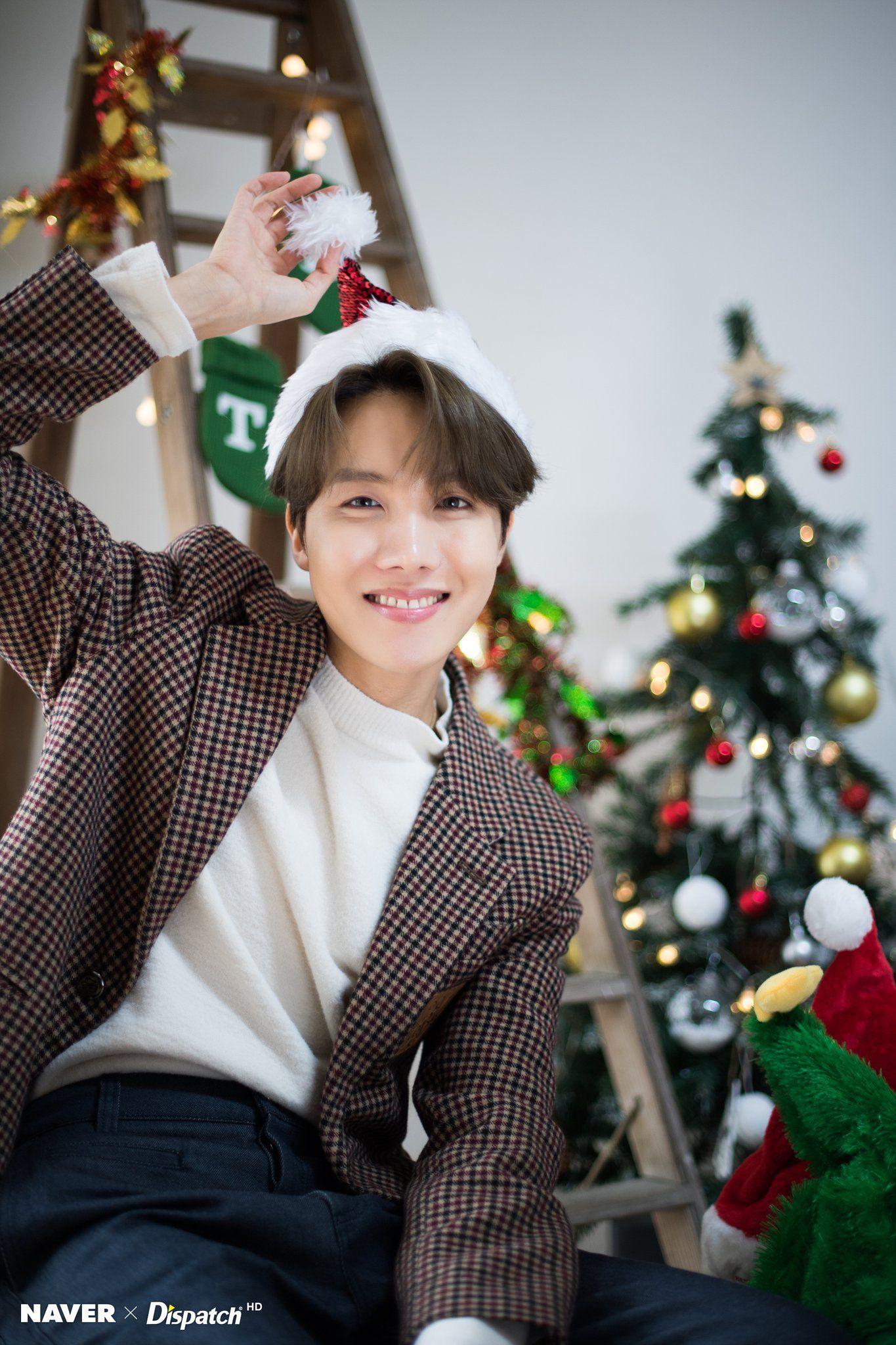 Guatemala A R M Y On Twitter Bts Christmas Bts Dispatch Bts J Hope