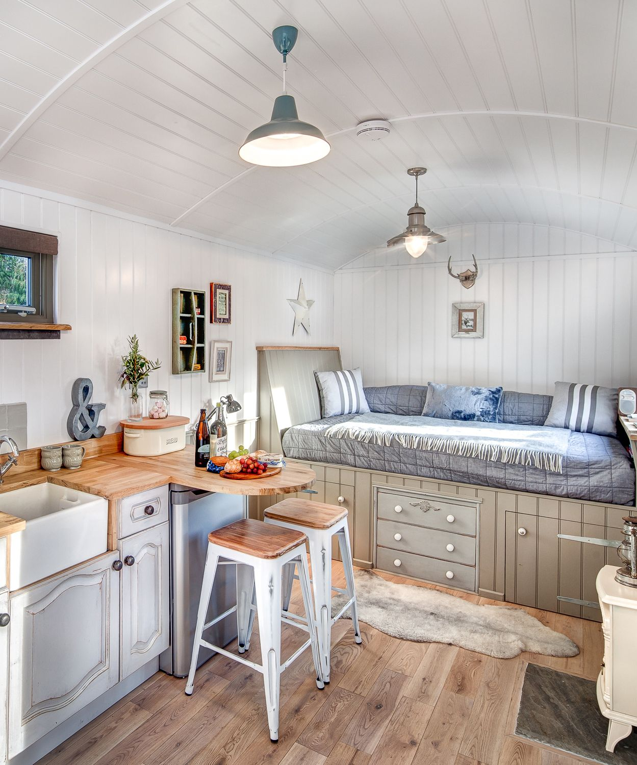 The Shepherds Hut Retreat   Natural light, Shabby and Ranges