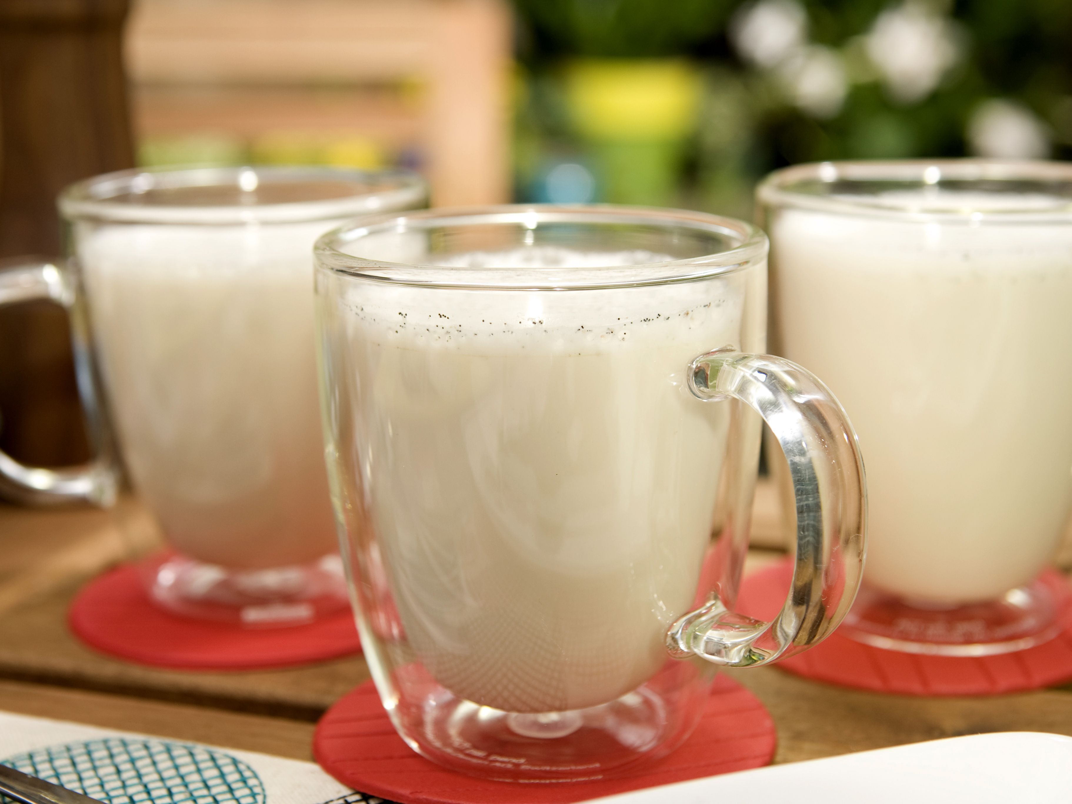 Frothy hot white chocolate receta forumfinder Choice Image