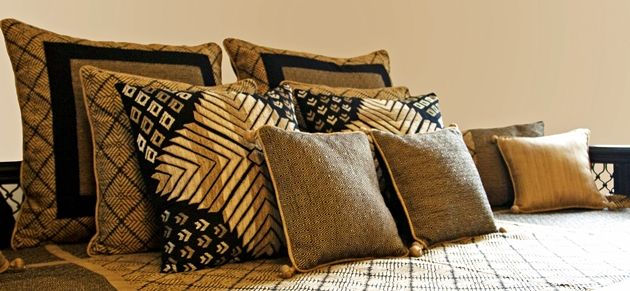 bandhini home launches the destination for the finest handcrafted luxury home dcor products bandhini home was formed out of love for indian craftsmanship - Home Decor Cushions