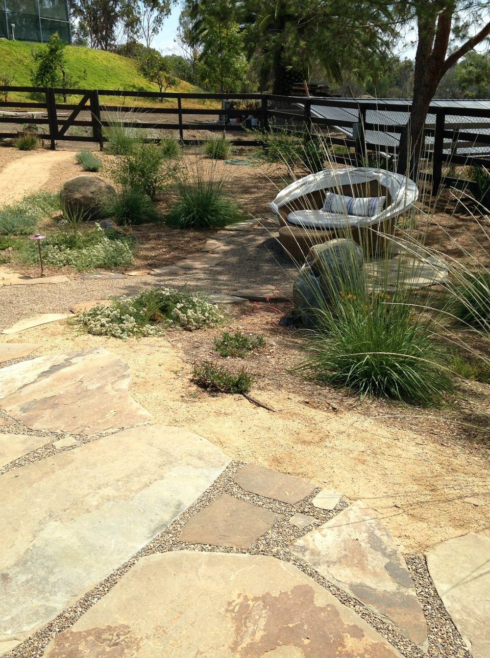 Flagstone patio with stabilized pea pebble | Landscape | Pinterest ...