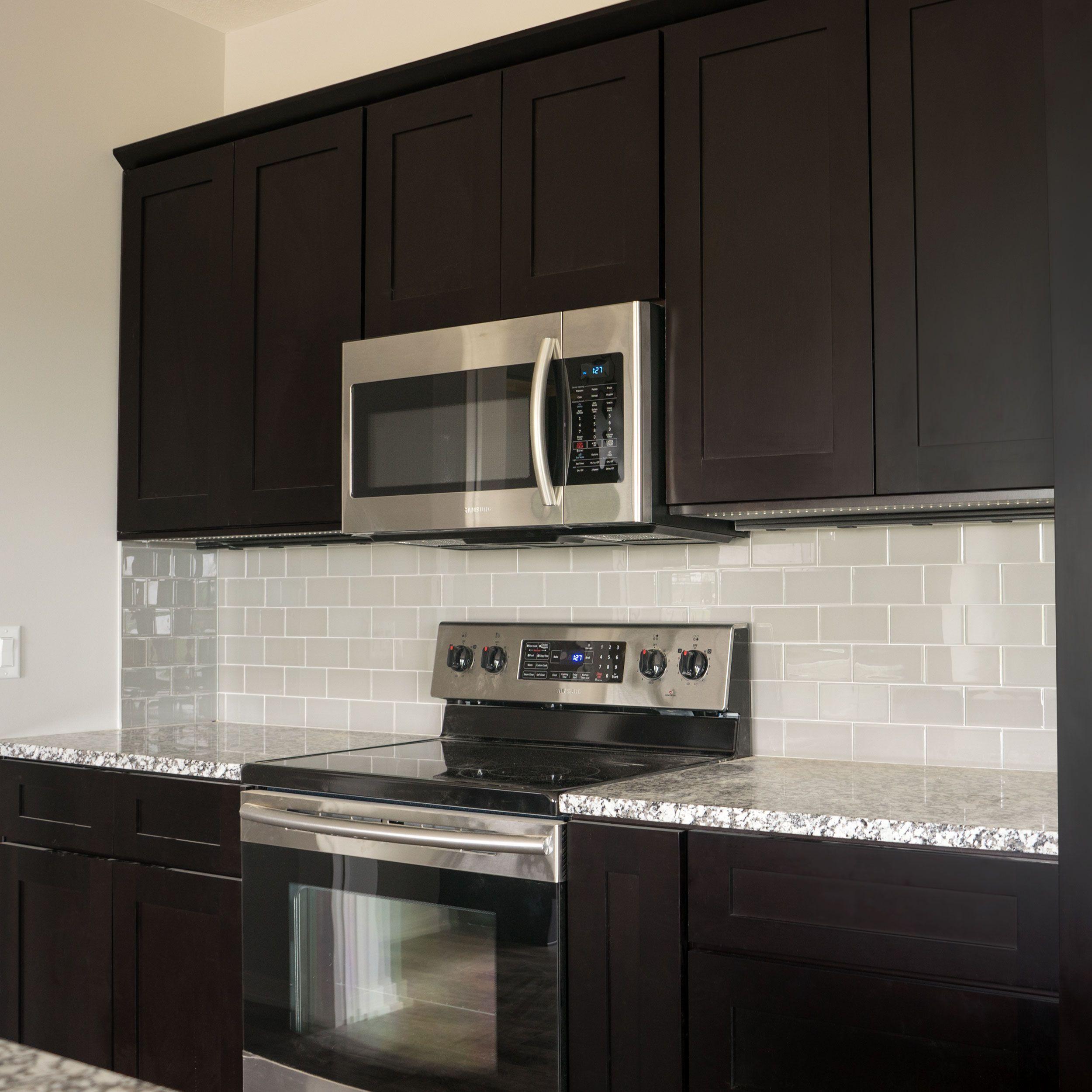 Joe If We Do Dark Cabinets I Don T Think The Gray Engineered