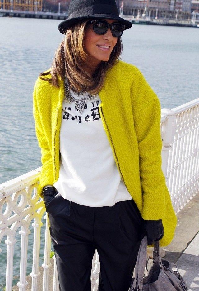 Zara  Casacos, Zara  T-Shirts and Pull & Bear  Calças