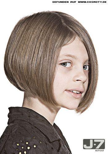 konkaver bob mit hohem seitenscheitel hair frisuren haarschnitt kurz und kinder haar. Black Bedroom Furniture Sets. Home Design Ideas