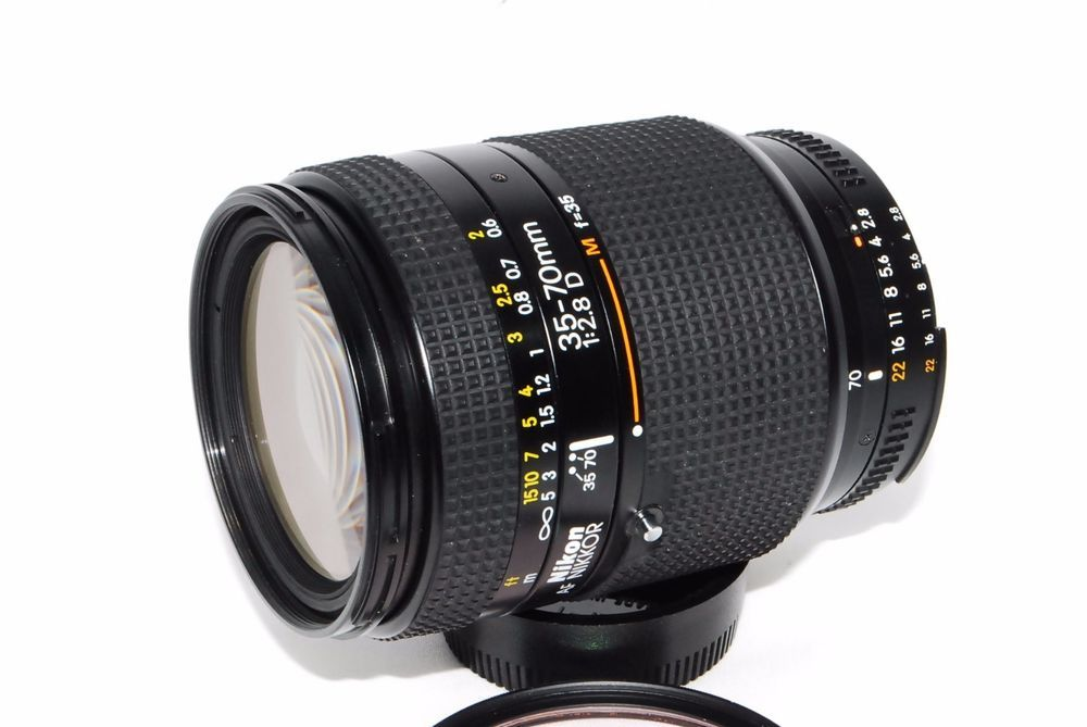Mint Nikon Nikkor 35 70mm F2 8 1 2 8 D 305 Nikon Camera Lens Mint