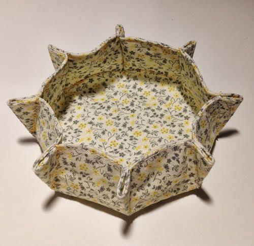 Contenitore svuota-tasche rotondo in tessuto